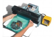 Automatic hand sealer with temperature control